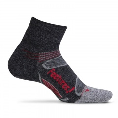 Feetures Elite Merino+ Light Cushion Quarter Socks