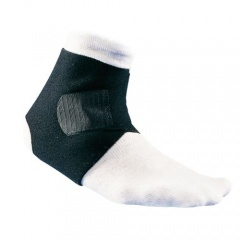 McDavid Adjustable Ankle Wrap